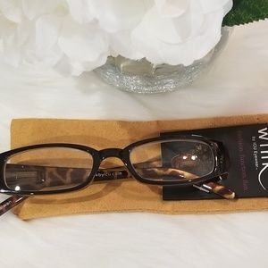 Wink Accessories - Wink fashion reading glasses +1.25 NEW with case